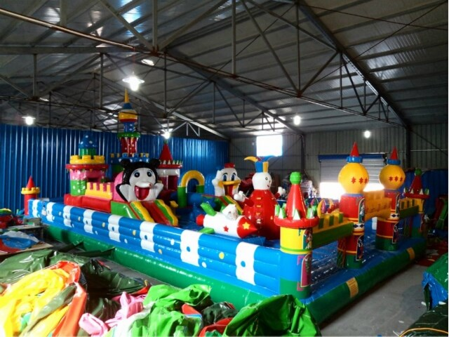 Giant Disney Jumping Castle